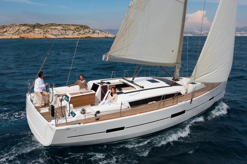 Dufour 410 GL - sailing