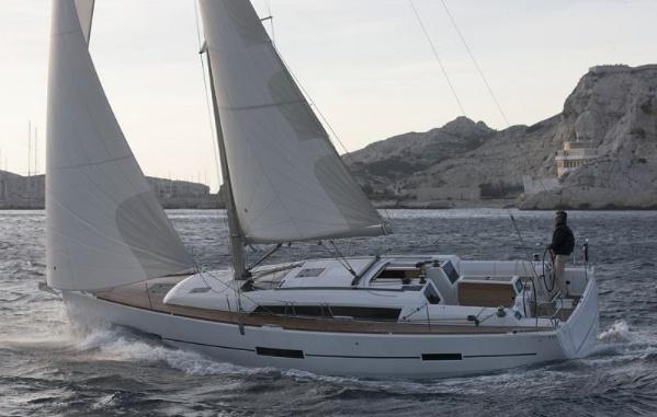 Dufour 410 GL - sailing 2